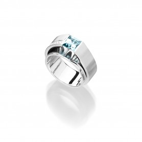 Ring mit Aquamarin und Brillanten aus der Linie Architect- Designring von Andreas Ableitner in 18kt Weißgold rhodiniert
