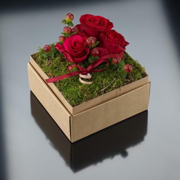 Ein besonderes Eheringetui: Die Loving Nature Flowerbox