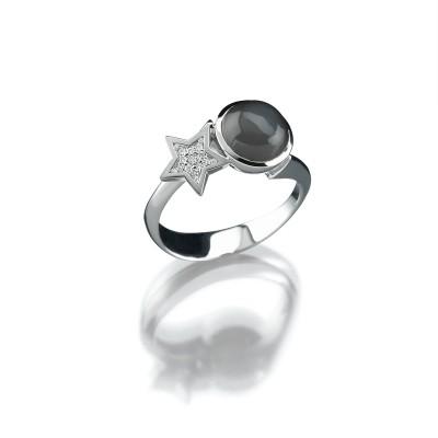 Stern-Ring mit Mondstein in 750/000 Weißgold