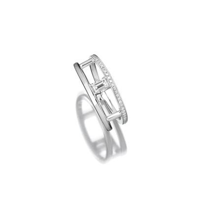 Moderner Ring in 750 Weißgold mit Diamant im Fantasieschliff